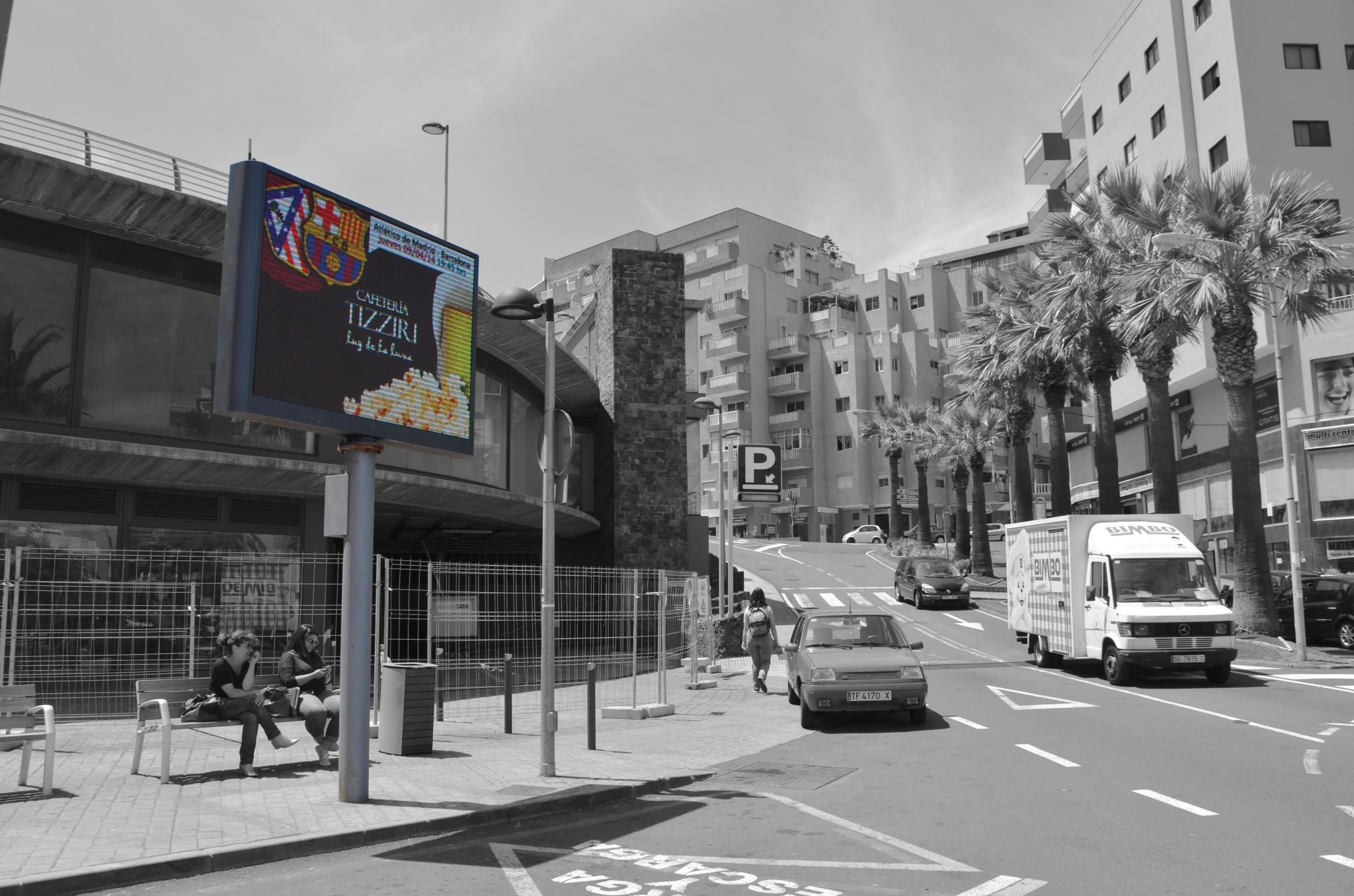 Pantall LED - El Puente (Redes)